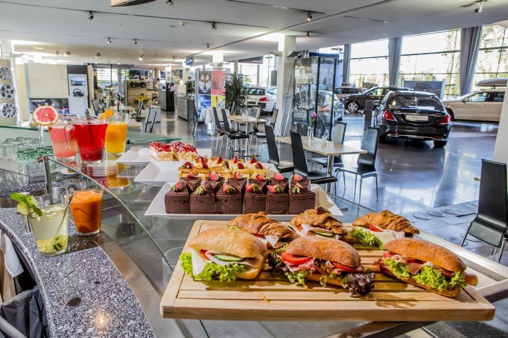 Mb food mercedes bar caf o restauraci for Food bar somerset mb